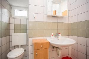 Guest House Dada, Affittacamere  Senj - big - 48