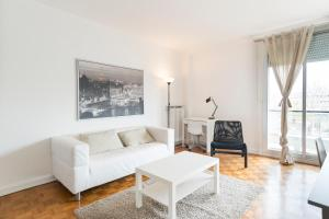 Two-Bedroom Apartment Boulevard Soult