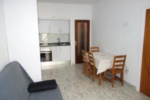Grao, Apartments  Lloret de Mar - big - 15