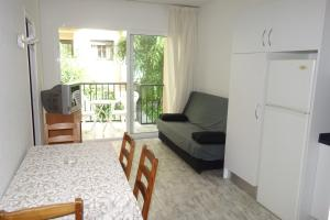 Grao, Apartments  Lloret de Mar - big - 1