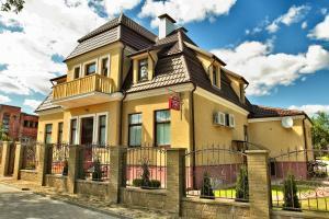 Апартаменты Славия