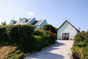The Hut at Baywatch Bed & Breakfast