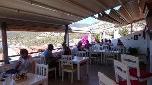 Courtyard, Hotely  Kalkan - big - 57