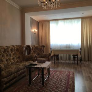 Saryan Street and Mashtots blvd area, Apartmány  Yerevan - big - 10