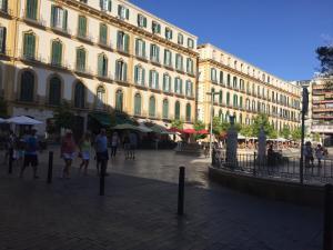 Apartamentos Gold Cervantes, Apartmány  Málaga - big - 34