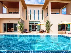 Pensri Villa 4 Beds