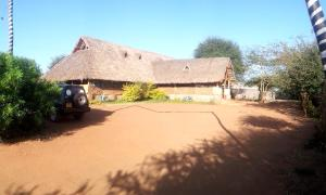 Caves Inn
