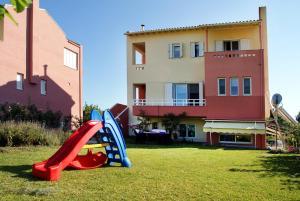 Villa Levanda, Nyaralók  Lefkáda - big - 10