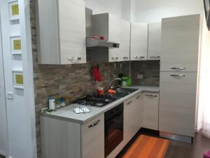 Casa Laura Vacation Rental, Apartments  Rome - big - 9