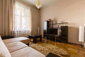 Apartment Na Kamennoostrovskom pr. 2