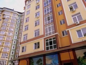 Uyutnaya kvartira s evroremontom, Apartments  Sochi - big - 7