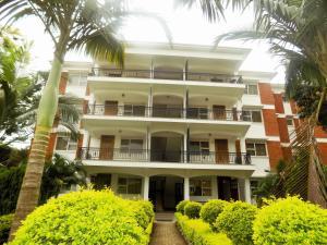 Pearl Apartments