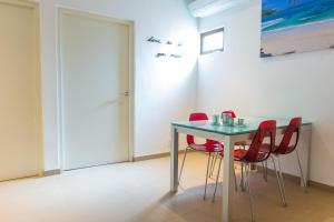Bubali Luxury Apartments - Adults Only - Wheelchair Friendly, Апартаменты  Пальм-Бич - big - 8