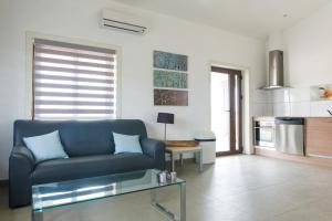 Bubali Luxury Apartments - Adults Only - Wheelchair Friendly, Apartmány  Palm-Eagle Beach - big - 42