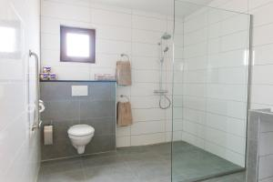 Bubali Luxury Apartments - Adults Only - Wheelchair Friendly, Apartmány  Palm-Eagle Beach - big - 9