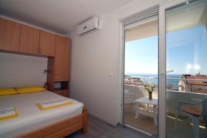 Apartments Ćorić