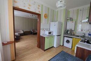 Apartment on Divnomorskaya, 16, Apartmány  Gelendzhik - big - 11
