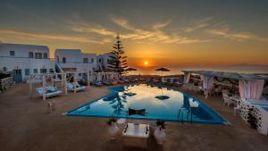 Dream Island Hotel(Fira)