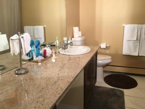 Olympic Suites, Appartamenti  Calgary - big - 32