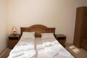Svitanok, Hotel  Bohorodchany - big - 13