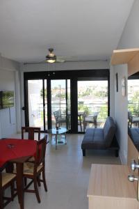 Housing Pefkos, Apartmanok  Néa Fókea - big - 2