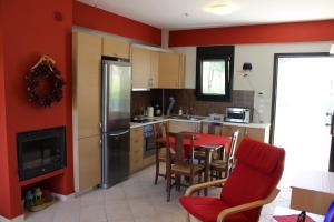 Housing Pefkos, Appartamenti  Nea Fokea - big - 10