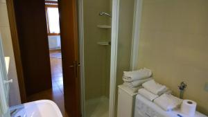 Appartamento Felce, Apartments  Pinzolo - big - 3