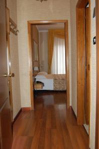 Hotel Ristorante Donato, Hotely  Calvizzano - big - 24