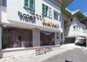Hotel Hayat - фото 5