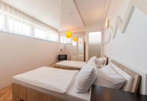 Hotel Hayat - фото 11