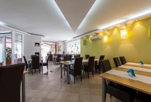 Hotel Hayat - фото 23