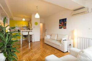 Modern Warm Apartment in Sarajevo - фото 1