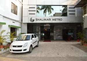 Shalimar Metro, Szállodák  Kocsín - big - 25