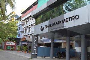 Shalimar Metro, Szállodák  Kocsín - big - 29