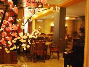 Hotel Austria, Szállodák  Tirana - big - 50