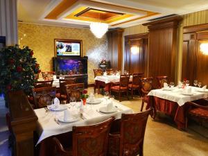 Hotel Austria, Szállodák  Tirana - big - 51
