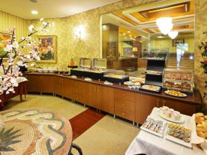 Hotel Austria, Hotels  Tirana - big - 53