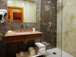 Hotel Austria, Hotels  Tirana - big - 12