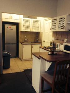 Smart Villa Guest House, Penzióny  East London - big - 17
