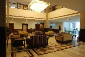 Lobi The Competent Palace Hotel & Resort