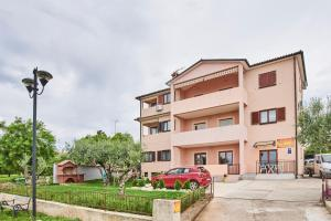 Apartments Miranda