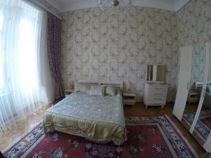 Апартаменты Дуплекс на площади Фонтанов и Старого города - фото 1