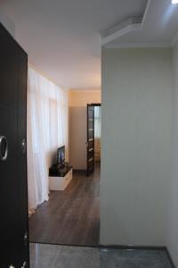 Apartment Yalchingroup, Apartmanok  Batumi - big - 11