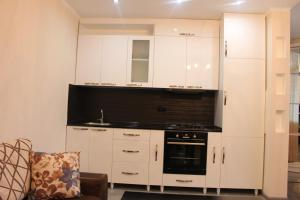 Apartment Yalchingroup, Apartmanok  Batumi - big - 4