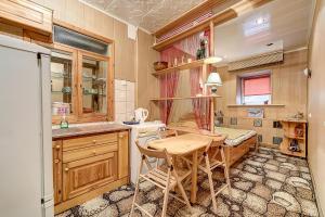 Longo Apartment Volynskiy 4
