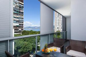 (Apartment Blue Dream)