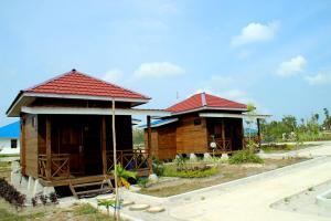 Pelangi Lake Resort