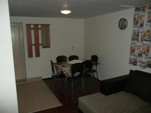 Goossens Apartments, Apartments  Ghioroc - big - 4