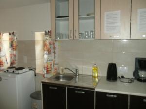 Goossens Apartments, Apartments  Ghioroc - big - 2