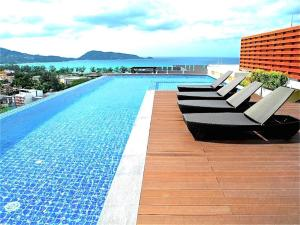 Bliss Patong Modern Studio